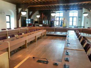 Het schepenhuis waar maandelijks de gemeenteraad doorgaat.
