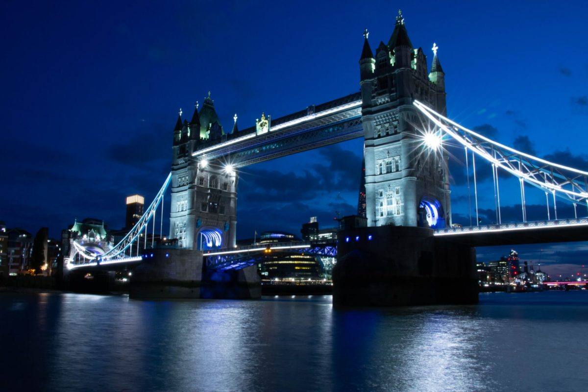 Tower Bridge Londen by night