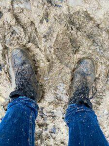 Rubberen laarzen of wandelschoenen